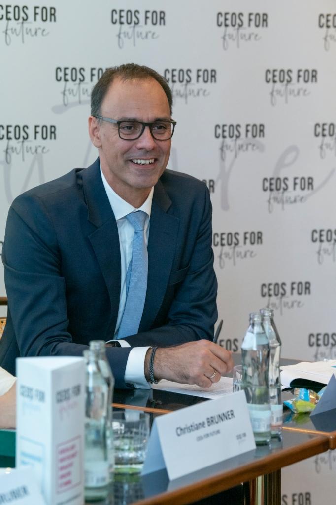 Pressegespräch: CEOs FOR FUTURE (C4F) - CO2-Positionspapier // 28.09.2021, Wien // Fotocredit: CEOs FOR FUTURE/Tsitsos
